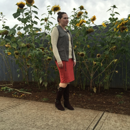 stitch-fix-september-market-spruce-cotulla-button-back-sweater-laju-balla-cargo-vest-moon-river-ora-faux-suede-skirt